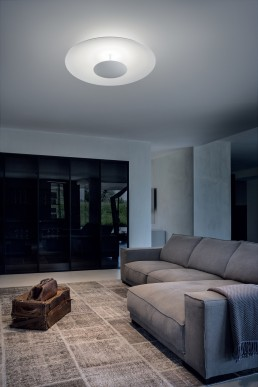 Linea Light Horizon ceiling ambient