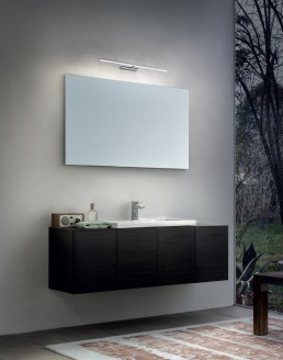 Linea Light Straight wall mirror