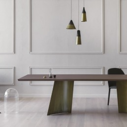 Miniforms Maggese Table Interior