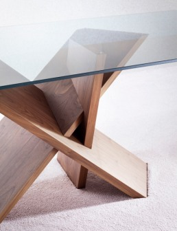 Miniforms Trripode Table Interior Detail