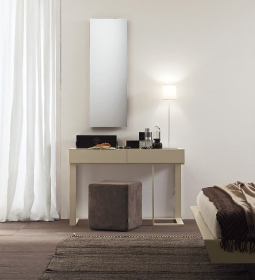 Presotto Swing Console : Modern Console for Your Space