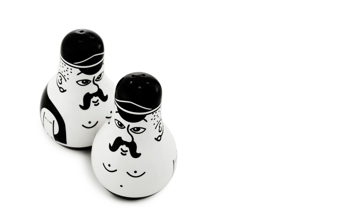 Salt and Pepper Normann Copenhagen Friends Racurs