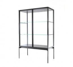 lema galerist display case