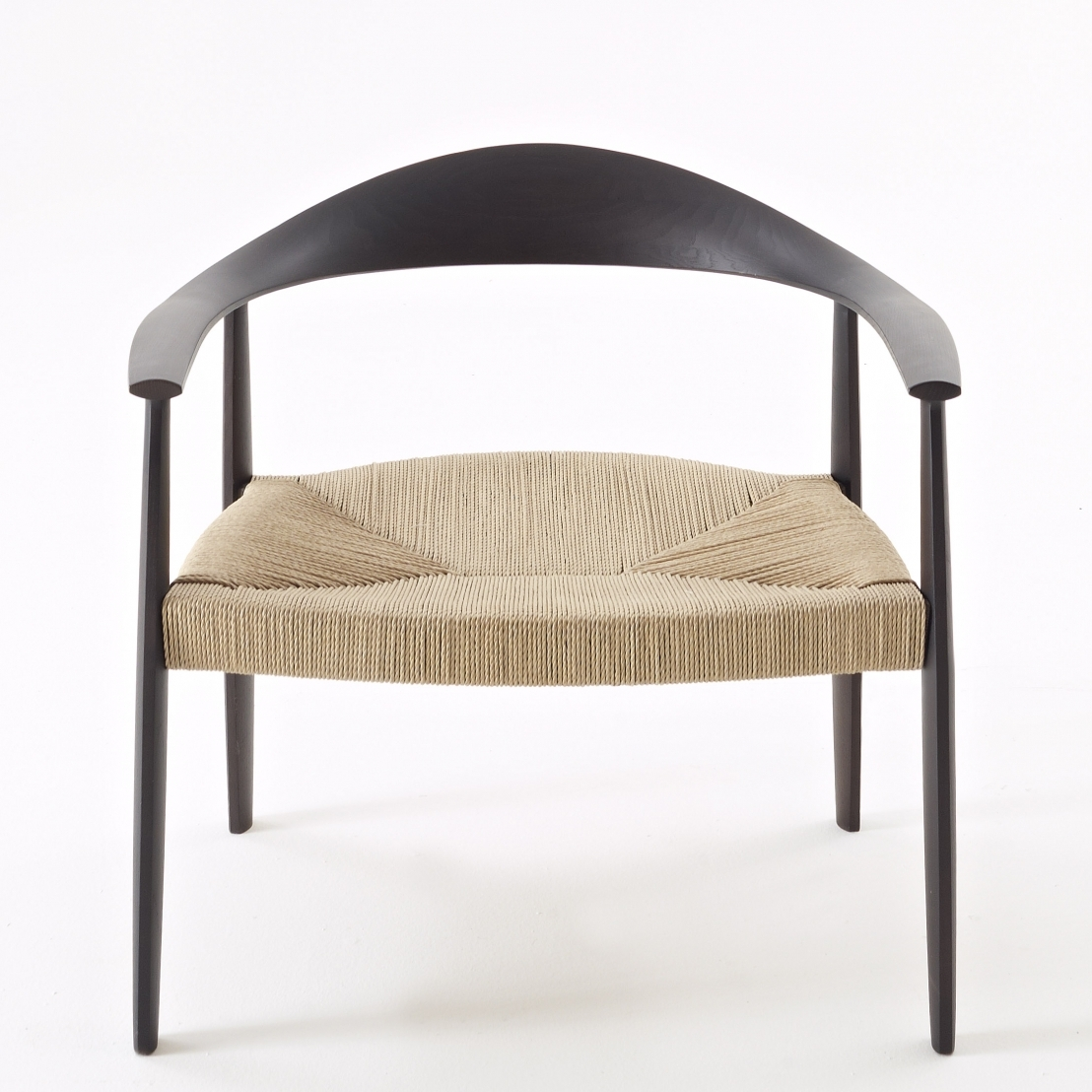 Armchair with ash wood frame. Seat: hand-strowed or upholstered with fabric or leather.