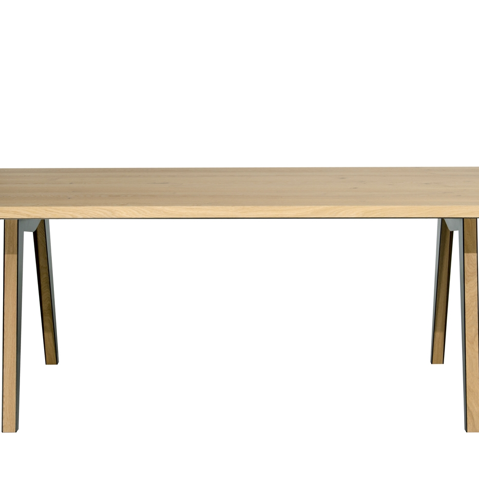 Colico Skin Table